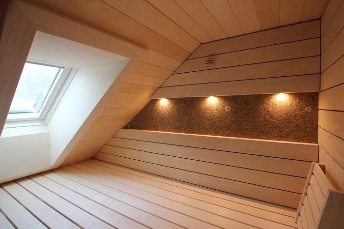 Sauna in Dachschräge - Ging Saunabau AG