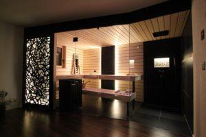 Swiss Made Sauna mit vielen Details von Ging Saunabau AG